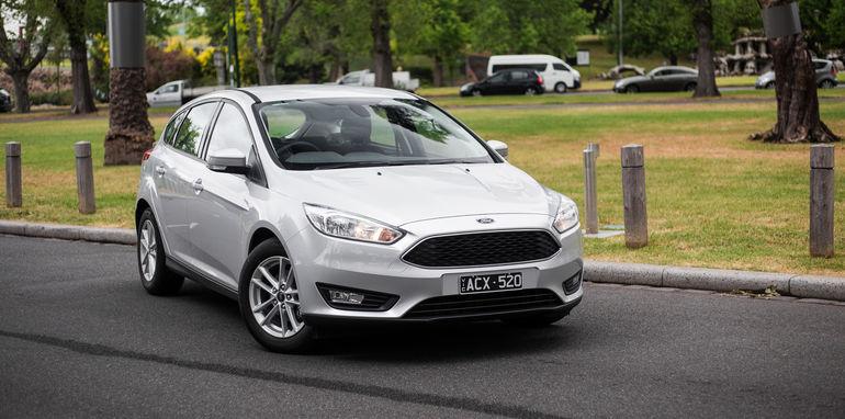 2015-ford-focus-v-mazda3-hatch-comparison-42