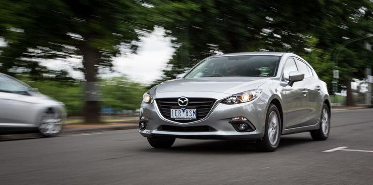 2015-ford-focus-v-mazda3-hatch-comparison-48