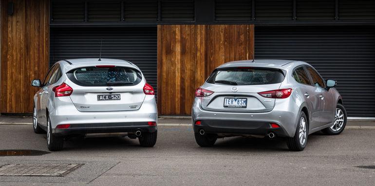 Ford focus vs mazda 3 hatchback