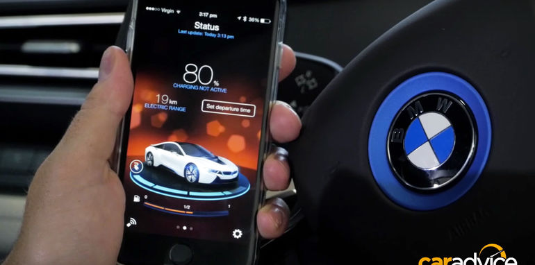 BMW-i8-Connected-Drive-3