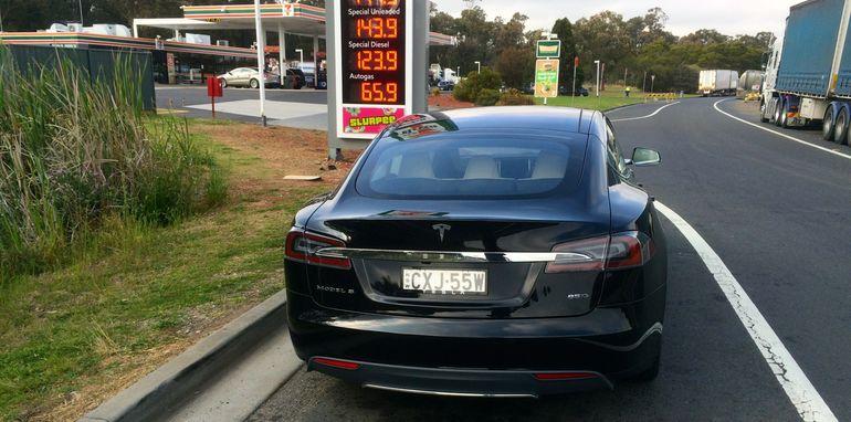 Tesla Model S Sydney to Melbourne_03