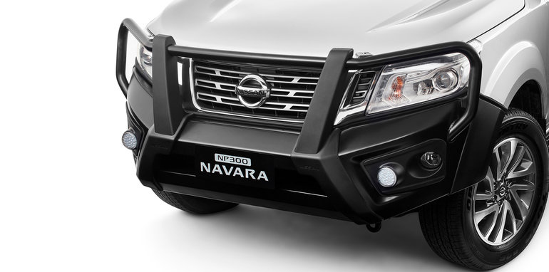 2015 nissan navara bullbar scores ancap five star safety. Black Bedroom Furniture Sets. Home Design Ideas