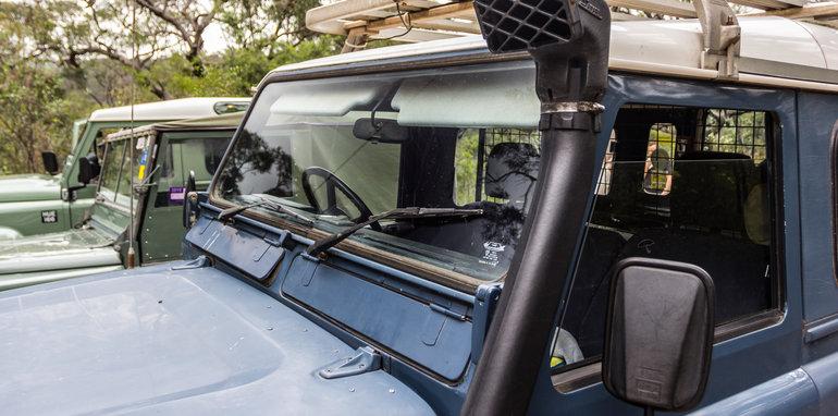 Land Rover Defender Old v New 90 Series-31