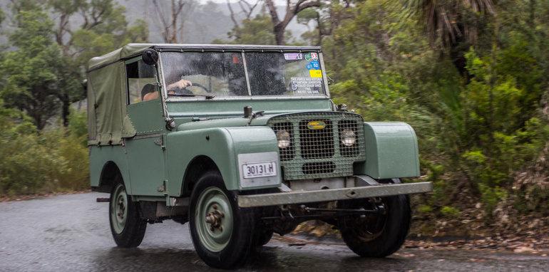 Land Rover Defender Old v New 90 Series-53