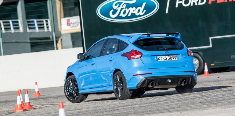 2016 Ford Focus RS_5