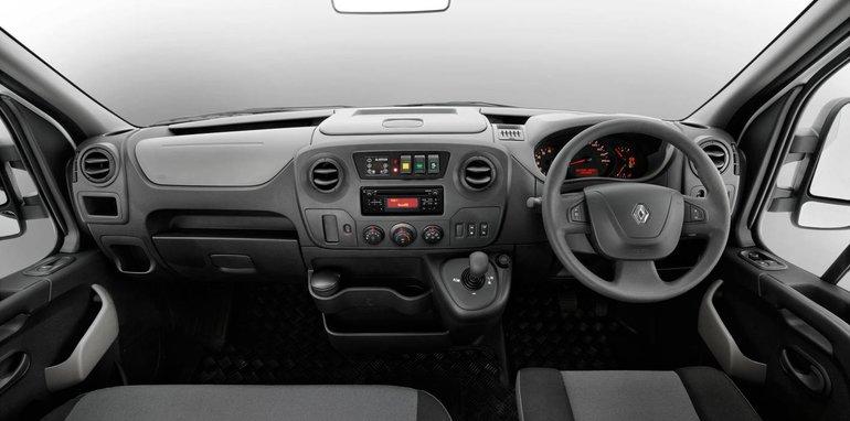 2016-Renault-Master-Bus-13