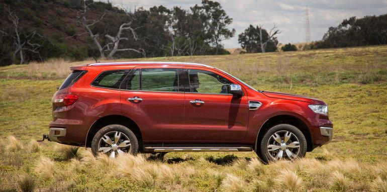 2016-ford-everest-titanium-v-toyota-prado-off-road-63