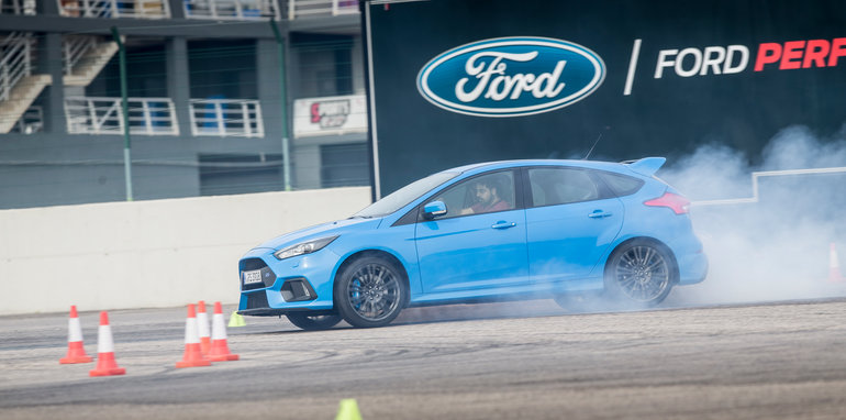 Global_Media1_Ford_Focus_RS_072