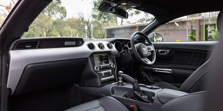 2016-ford-mustang-gt-v8-manual-grey-10