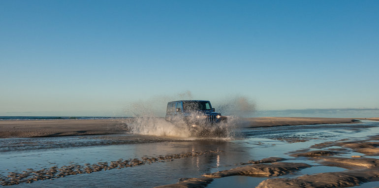 2016 Jeep Wrangler Sport Unlimited Road Trip-22
