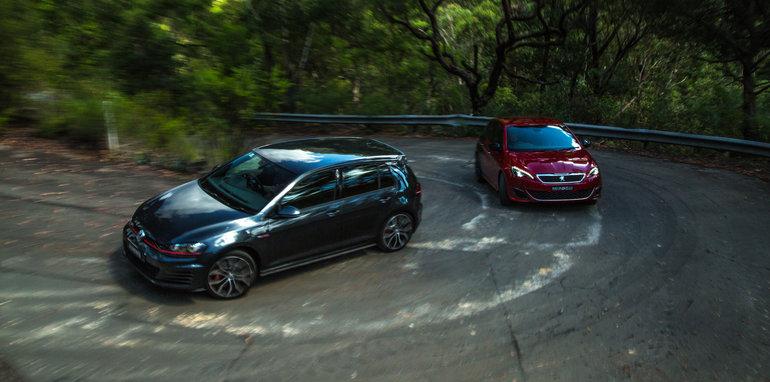 2016 Volkswagen Golf GTI Performance v 2016 Peugeot 308 GTi 27083