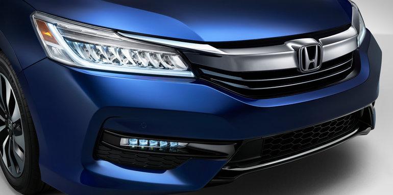 2017 Honda Accord Hybrid_8