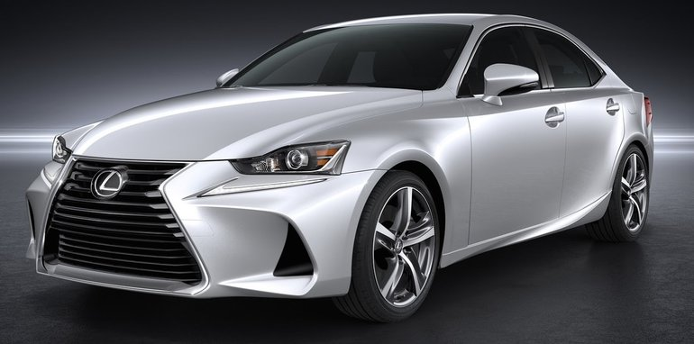 2017 Lexus IS_2