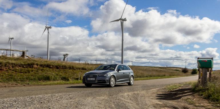 Eco-Test Country loop - Audi A3 e-tron v BMW i3 v Citroen C4 Cactus v Toyota Prius-114