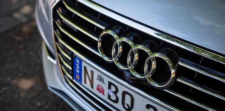 2016-audi-a7-v-bmw-x6-v-mercedes-benz-gle-coupe-comparo-60