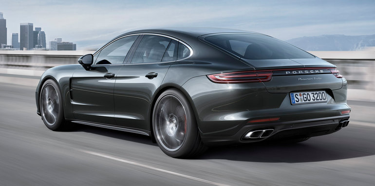 porsche-panamera-turbo-rear