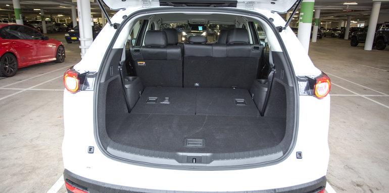 2016 Comparison Nissan Pathfinder ST-L AWD v Hyundai Santa Fe Highlander diesel AWD v Mazda CX-9 Touring AWD v Kia Sorento Platinum diesel AWD-69
