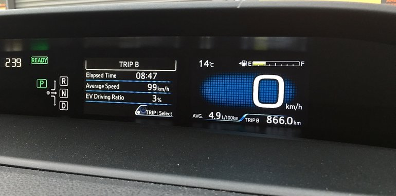 2016 Toyota Prius Syd to Melb_08
