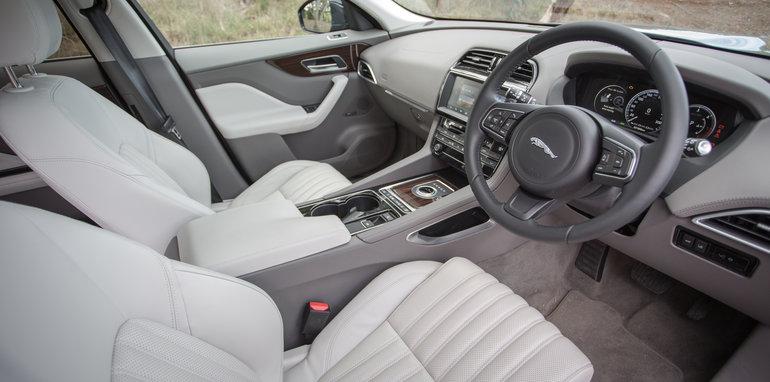 2016 Luxury SUV Comparo_Range Rover Sport V Jaguar F Pace V Porsche Cayenne V Volvo XC90 V BMW X5 V Audi Q7 V Lexus RX350 V Merc GLE250d-165