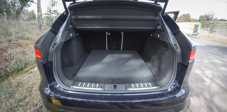 2016 Luxury SUV Comparo_Range Rover Sport V Jaguar F Pace V Porsche Cayenne V Volvo XC90 V BMW X5 V Audi Q7 V Lexus RX350 V Merc GLE250d-169