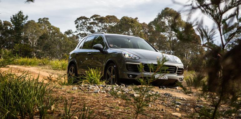 2016 Luxury SUV Comparo_Range Rover Sport V Jaguar F Pace V Porsche Cayenne V Volvo XC90 V BMW X5 V Audi Q7 V Lexus RX350 V Merc GLE250d-256
