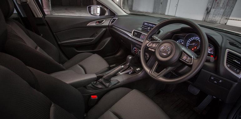 2016 Mazda 3 Neo Hatch Auto-12