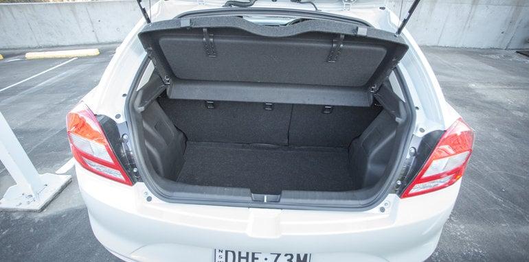 2016 Suzuki Baleno GLX V Honda Jazz VTi-S Comparo-70