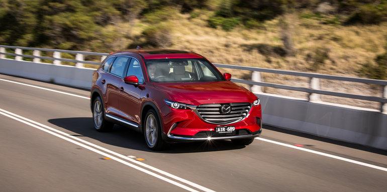 Mazda-cx-9-azami-toyota-kluger-grande-comparison114