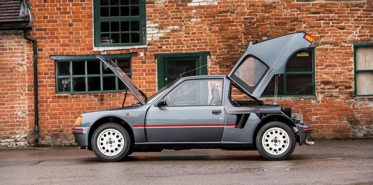 Peugeot-205-T16-02