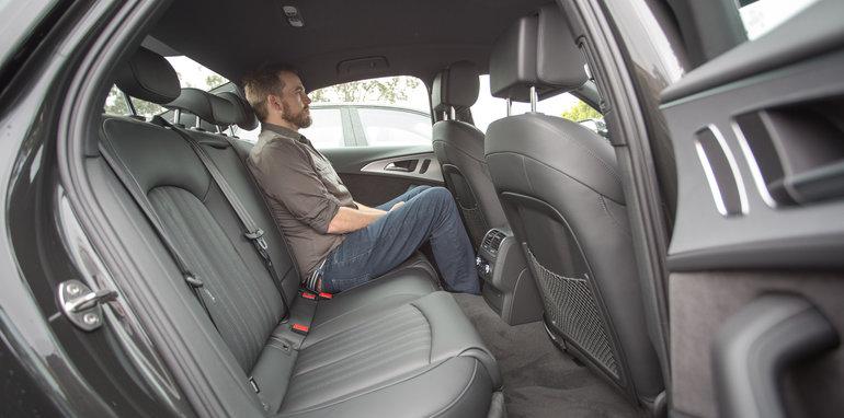 2016-4-car-comparo-bmw-520d-v-merc-e200-v-audi-a6-2-0-tfsi-quattro-v-jag-xf-87