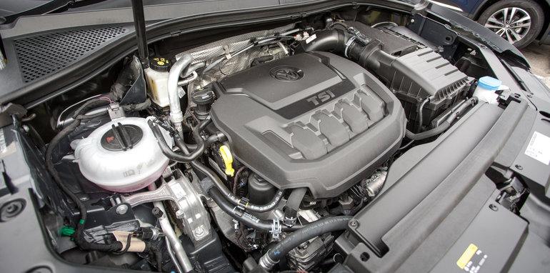 2016-volkswagen-tiguan-comfortline-awd-132tsi-v-renault-koleos-4x4-intens-v-hyundai-tucson-highlander-awd-v-mazda-cx-5-gt-awd-50