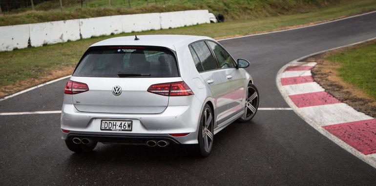 2016-ford-focus-rs-subaru-wrx-sti-volkswagen-golf-r-track-test-65