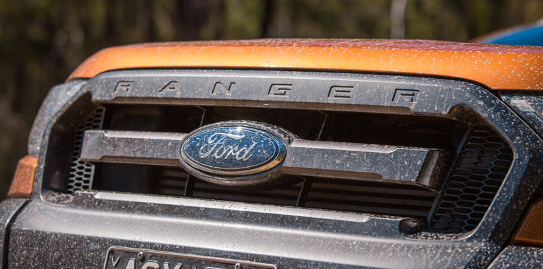 ford-ranger-wildtrak-v-holden-colorado-z71-comparison-7293