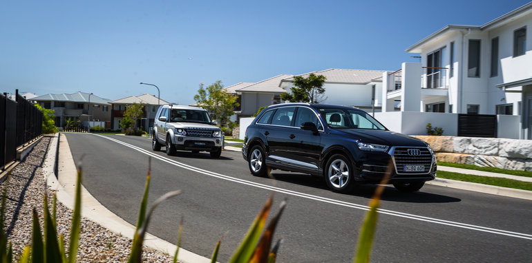 2017-audi-q7-160kw-vs-land-rover-discovery-59