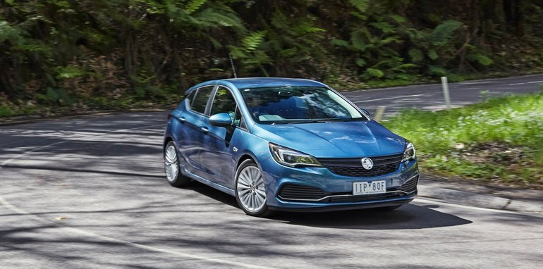 2017-holden-astra-launch_23