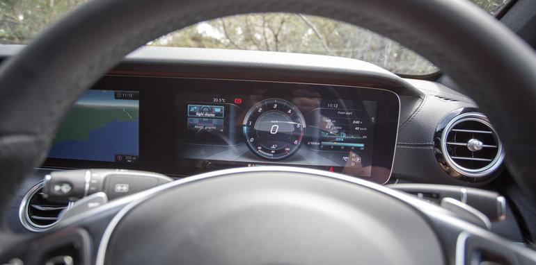 2017-luxury-sedan-comparison-volvo-s90-d5-inscrip-v-audi-a6-tdi-v-mercedes-e220d-197