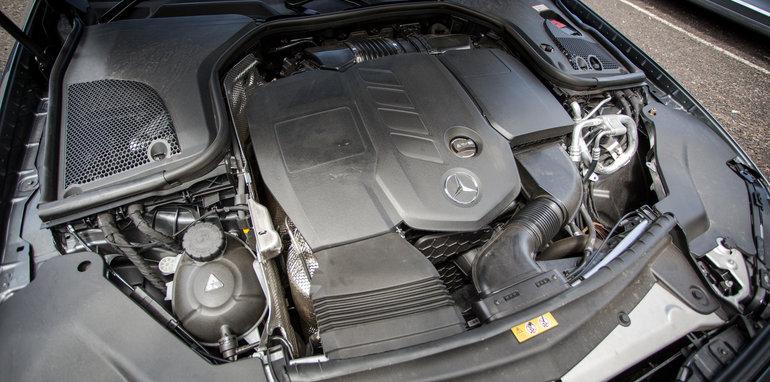 2017-luxury-sedan-comparison-volvo-s90-d5-inscrip-v-audi-a6-tdi-v-mercedes-e220d-215