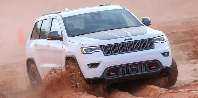 2017-jeep-grand-cherokee-trailhawk-bc