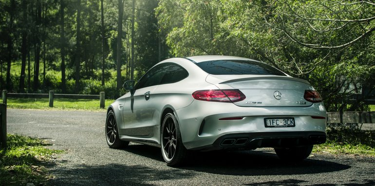 mercedes-amg-c-63-s-coupe-2