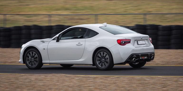 2016-performance-mega-test-motorworld-sydney-9