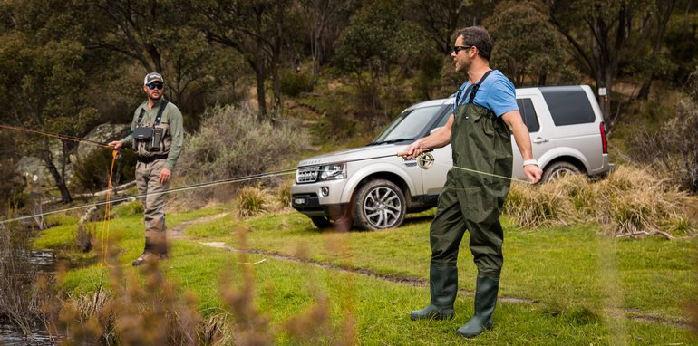 2016_land_rover_discovery_sdv6_hse-5