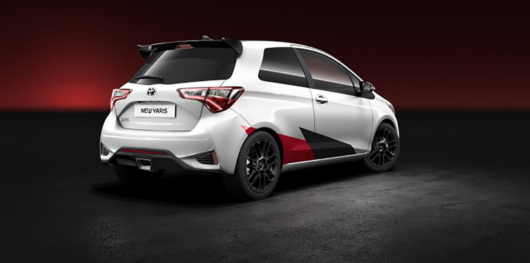 2017_toyota_yaris_hot-hatch_02