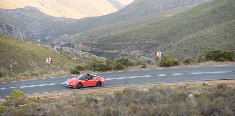 2017-porsche-cape-town-driving-roads-17