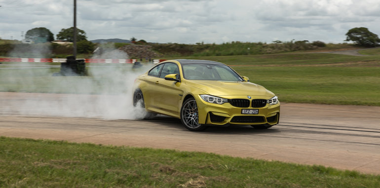 bmw-m4-competition-track-12