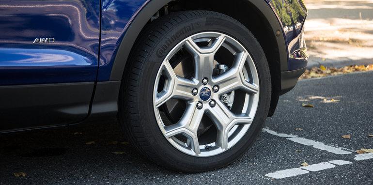 2017-hyundai-tucson-highlander-v-ford-escape-titanium-comparison-54