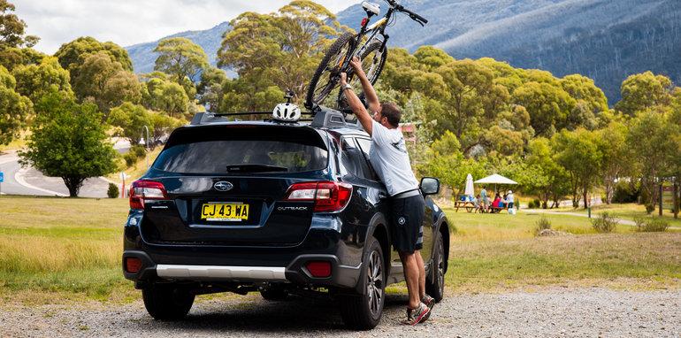 2017_subaru_outback_2-5i_premium_mountainbike-39