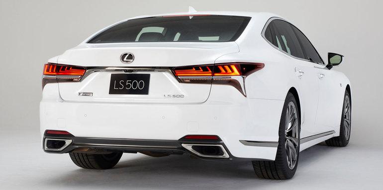 lexus-ls-f-sport-rear