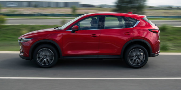 2017_mazda_cx-5_range-review_05_akera_23