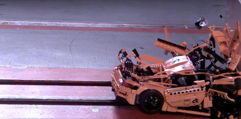 porsche_911_lego_crash_test
