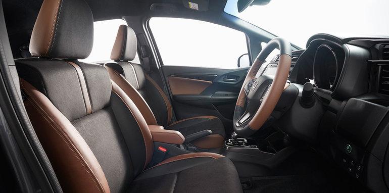 honda-fit-facelift-seats